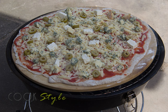 01 Pizza on the BBQ on a pizza stone