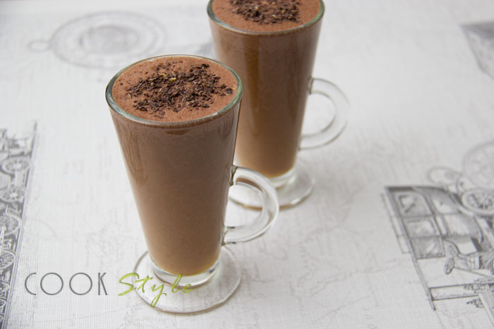 01 Chocolate and orange smoothie