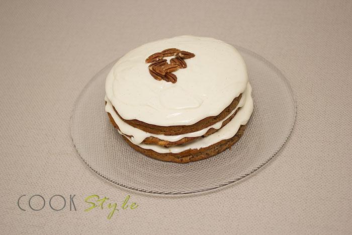 13 Hummingbird cake