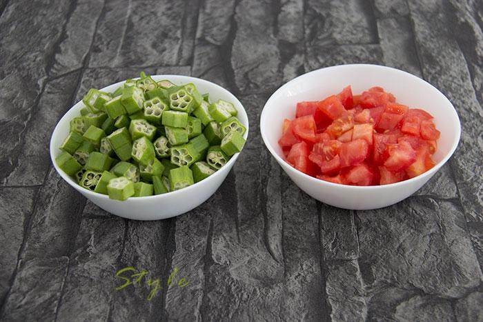 03 Okra with tomatoes warm salad