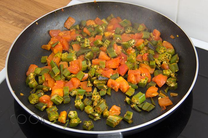 04 Okra with tomatoes warm salad