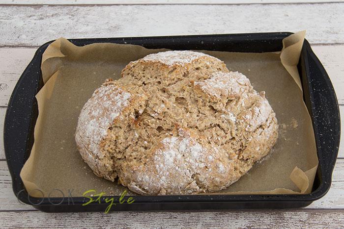 05 Wholemeal oaty soda bread