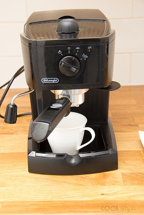 02 De'Longhi EC145 espresso maker review