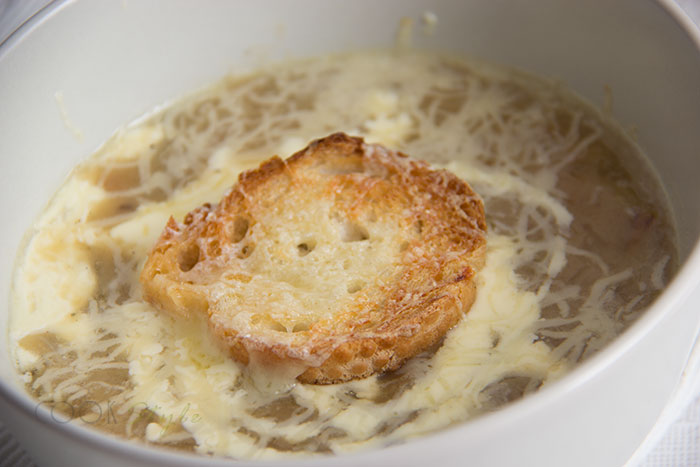 02 French onion soup vegetarian