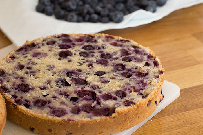 02 Blueberries cake