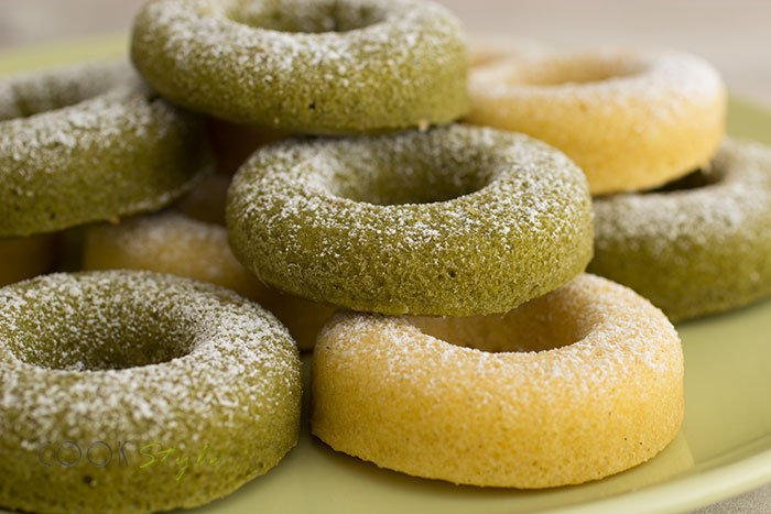 01 Vanilla and Matcha Doughnuts