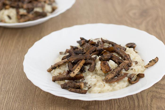 01 Vegan creamy mushroom risotto