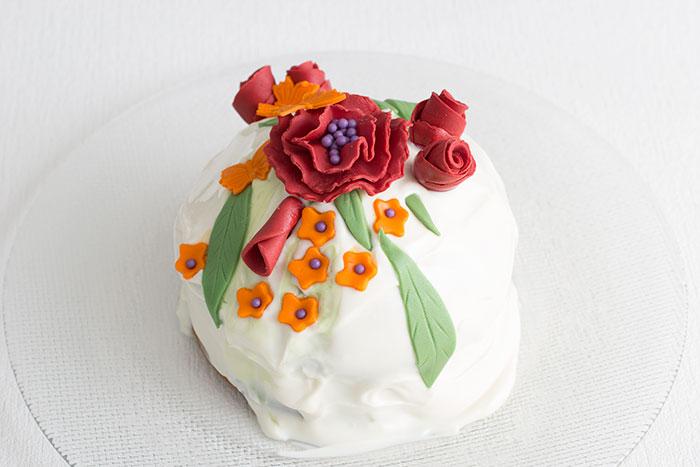 01-mathca-rose-cake