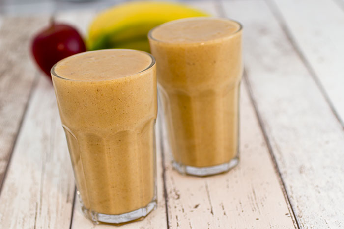 3 Autumn smoothies - Spiced Apple smoothie