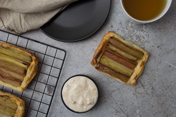Rhubarb puff pastry tart with quark cream and Sherry