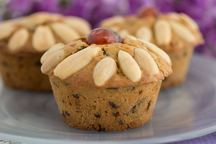 Individual Dundee cakes