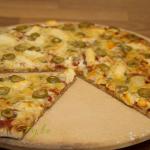 Halloumi pizza