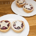 Apple and cranberries mince pies