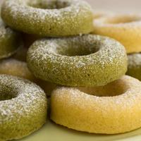 Vanilla and Matcha Baked Doughnuts