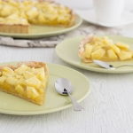 Pineapple and cardamom tart