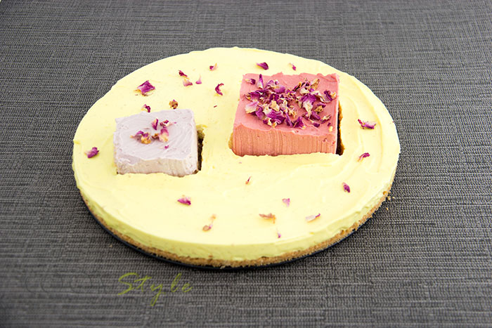 03 3 flowers cheesecake rose violet and vanilla