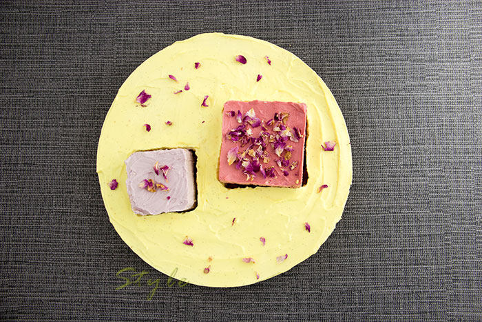 04 3 flowers cheesecake rose violet and vanilla