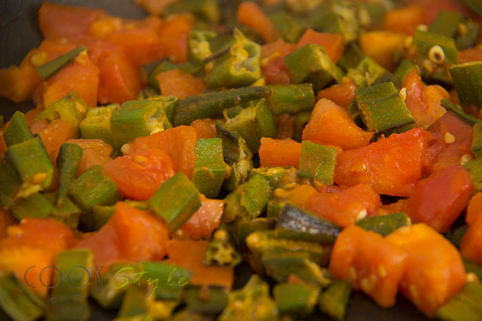 05 Okra with tomatoes warm salad