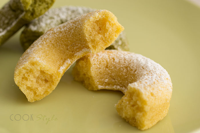 02 Vanilla and Matcha Doughnuts